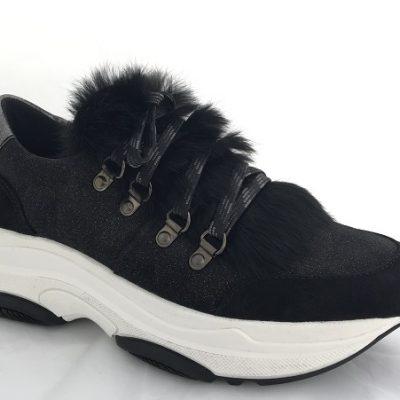 Kanna Sneaker mit Fell und hoher Sohle
