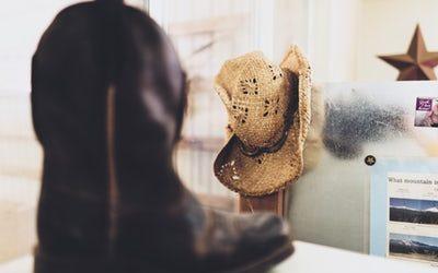 Sei ein City Cowgirl und folge dem Fashion Trend Herbst Winter 2018